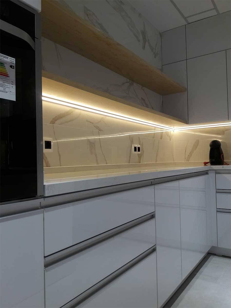 Кухня фасад акрил 38